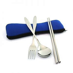 Cutlery set in pouch 2