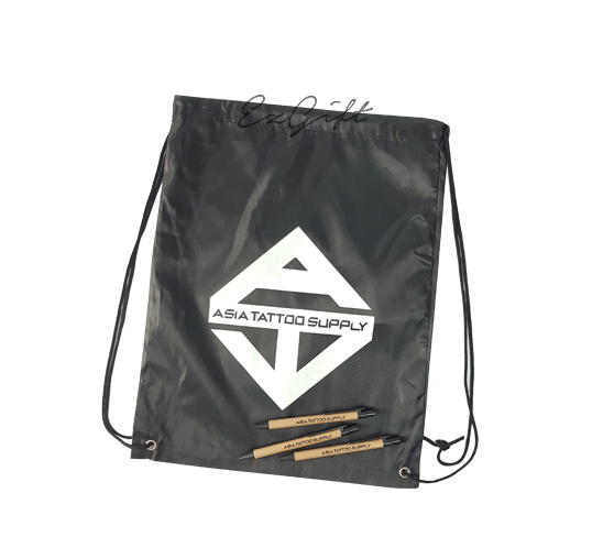 Past-project_pen-and-bag