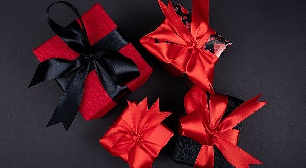 Shop customized gifts